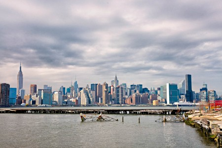 new-york-skyline-greenpoint-brooklyn-01