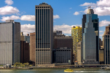 new-york-skyline-yellow-building-lower-manhattan-01